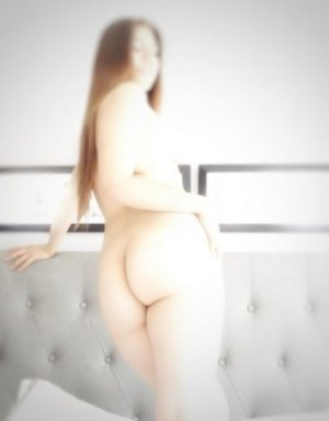 Camelya escort girl in South Charleston WV