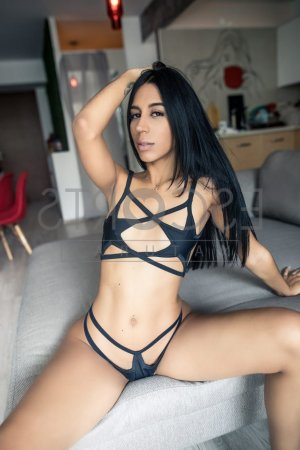 Marie-manuelle asian escorts