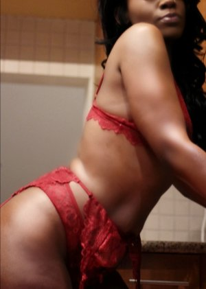 Zeinab outcall escort in North Charleston