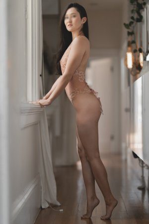 Marie-danielle asian live escort in Bridgetown OH